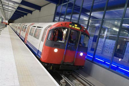 piccadilly line heathrow
