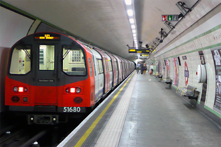northern-line-night-tube