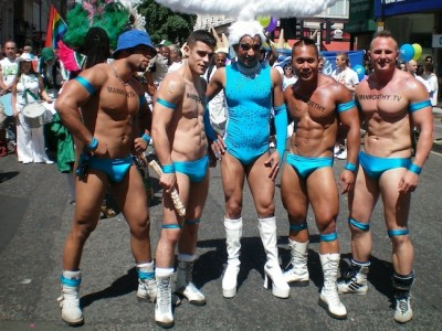 pride-london-desfile-cabalgate-londres